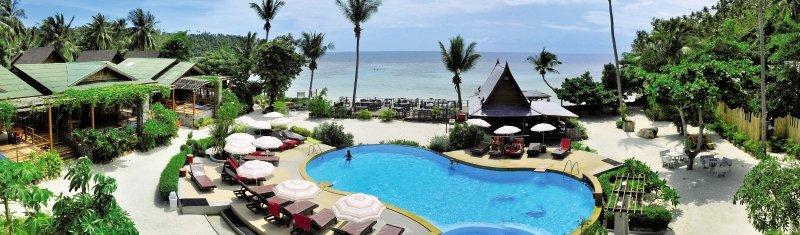 Haadlad Prestige Resort & SpaPool
