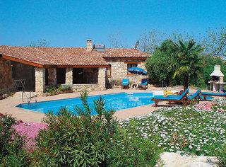 Z & X Holiday Villas