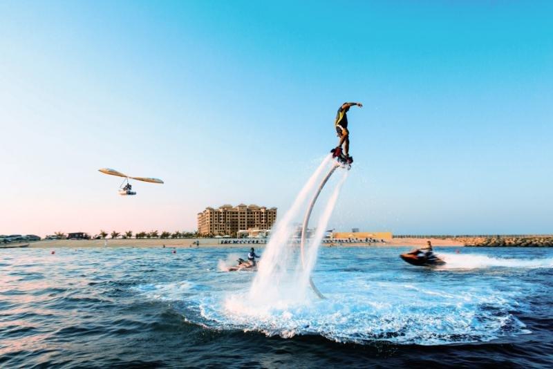 Ras Al Khaimah ab 585 € 5