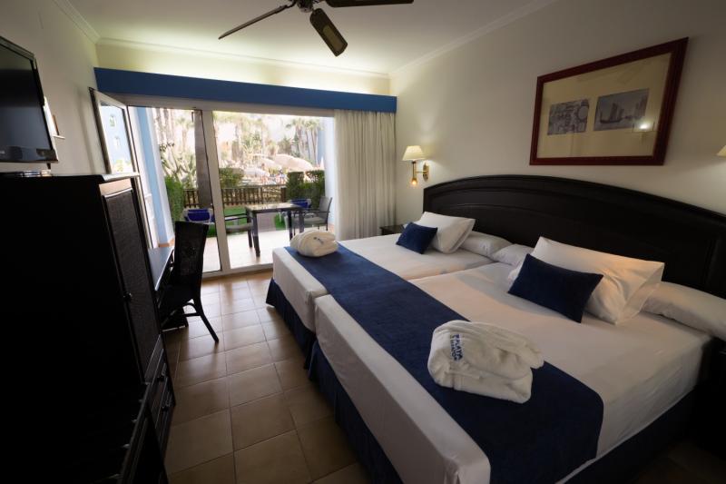 Playaballena Aquapark & Spa Hotel in Costa Ballena ab 310 €