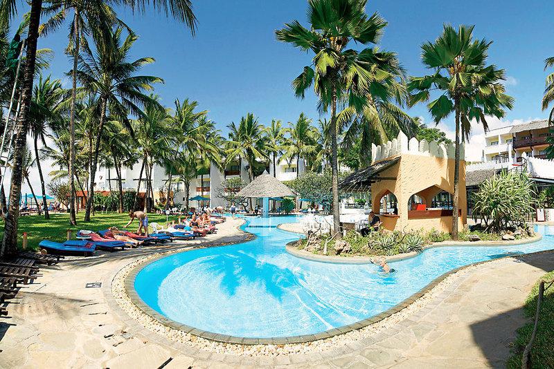 Bamburi Beach Hotel in Bamburi Beach, Kenia - Küste P