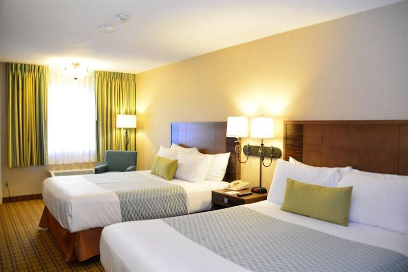 Accent Inn Vancouver Airport in Vancouver, British Columbia W