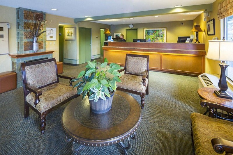 Accent Inn Vancouver Airport in Vancouver, British Columbia L
