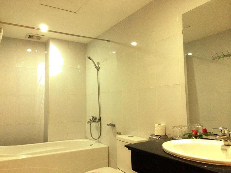 Holiday Diamond Hotel in Hanoi, Vietnam BD