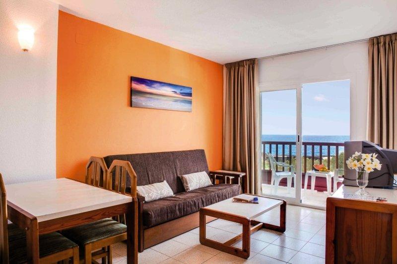 Apartamentos Centrocancajos in Los Cancajos, La Palma W