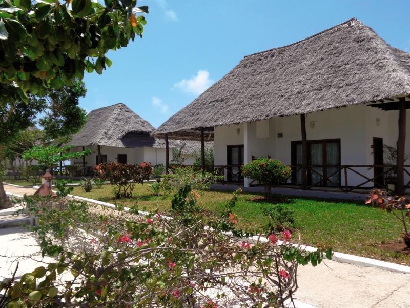 Reef und Beach Resort in Makunduchi, Tansania - Insel Zanzibar A