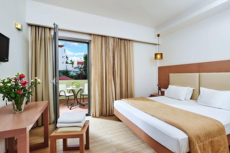 Hotel Panormo Beach