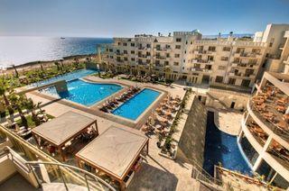 Hotel Capital Coast Resort & Spa Pool