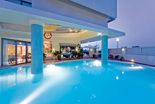 Hotel Mediterranean Pool