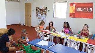 Hotel Akti Beach Club & Annex Kinder