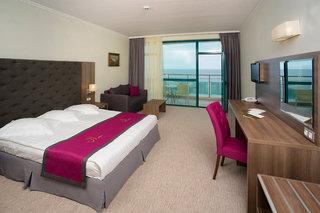 Hotel Marina Grand Beach Hotel Wohnbeispiel