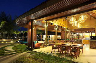 Hotel Apsara Beachfront Resort & Villa Restaurant