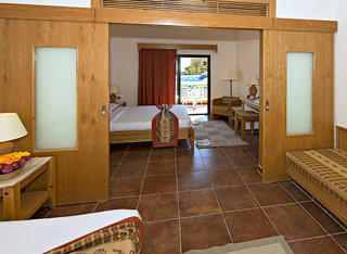 Hotel Three Corners Fayrouz Plaza Beach Resort Wohnbeispiel