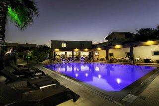 Hotel Hillside Studios & Apartments Außenaufnahme