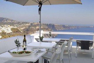 Hotel Aqua Luxury Suites Bar