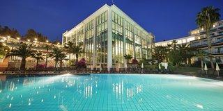 Hotel Pine Bay Holiday Resort Außenaufnahme