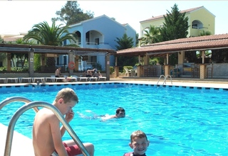 Hotel Govino Bay Corfu Pool