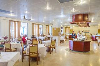 Hotel Lutania Beach Restaurant