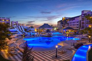 Hotel Steigenberger Aqua Magic Pool