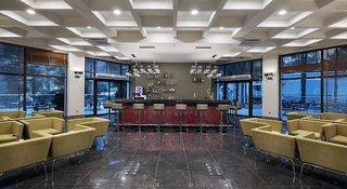 Hotel Nirvana Lagoon Luxury Bar