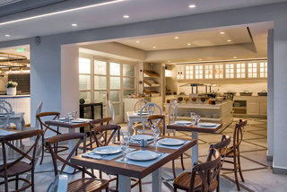 Hotel Mari Kristin Beach Hotel Restaurant