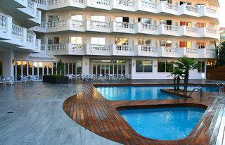 Hotel Bernat II Außenaufnahme