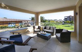 Hotel Amwaj Blue Beach Resort & Spa Terasse