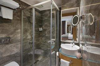 Hotel Aska Lara Resort & Spa Badezimmer