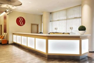 Hotel Ramada Plaza Milano Lounge/Empfang