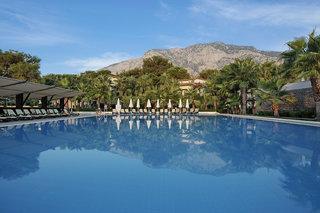 Hotel Crystal Flora Beach Resort Pool