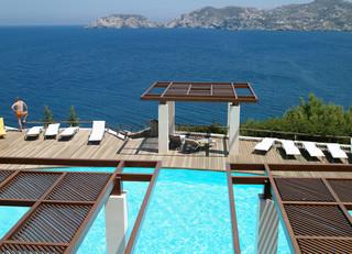 Hotel Sea Side Resort & Spa Pool