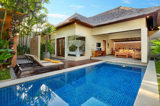Hotel Bhavana Private Villas Pool