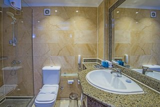Hotel Aqua Joy Resort by Sunrise Badezimmer