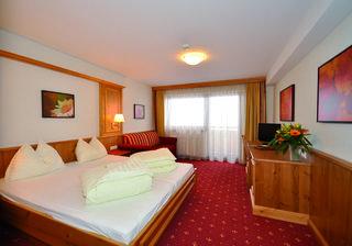 Hotel Alphof Alpbachtal Wohnbeispiel