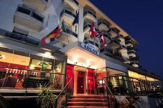 Hotel Adlon Außenaufnahme