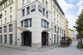 Hotel NH Salzburg City Außenaufnahme