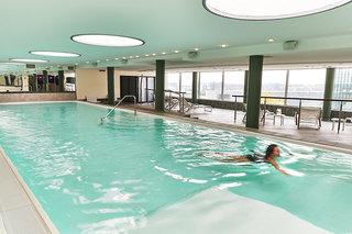 Hotel Steigenberger Airport Hotel Frankfurt Pool