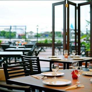 Hotel Navalai River Resort Restaurant
