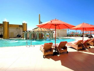 Hotel Raffles Dubai Pool