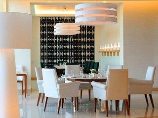 Hotel Raffles Dubai Restaurant