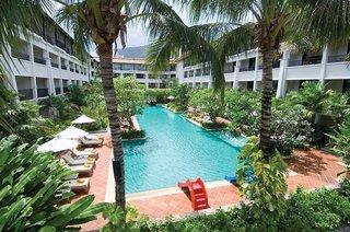 Hotel Banthai Beach Resort & Spa Pool