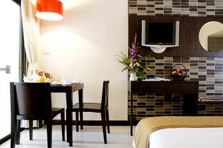 Hotel Deevana Plaza Phuket Wohnbeispiel