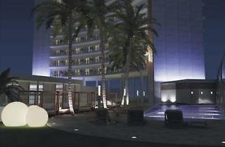 Hotel Krystal Urban Cancun Malecon Außenaufnahme