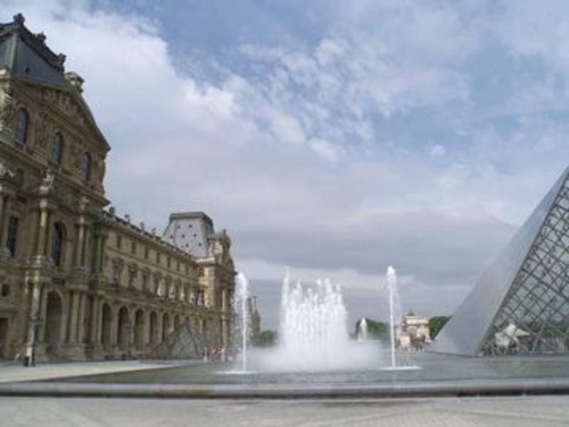 Paris ab 413 € 6