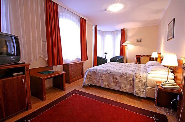 Gold Hotel Wine & Dine Hotel & Apartments Wohnbeispiel