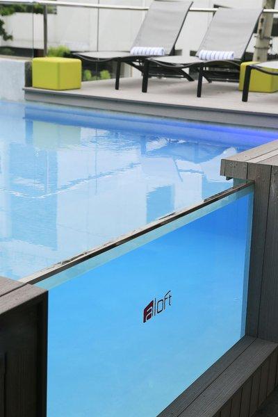Aloft Panama Pool