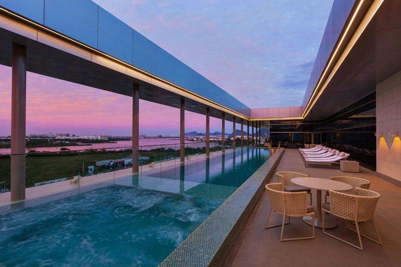 Hilton Barra Rio de Janeiro Pool