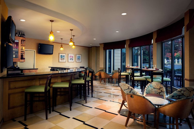 Hilton Garden Inn Atlanta Airport/Millenium Center Bar