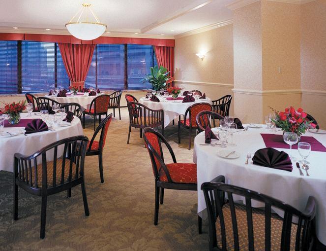 Cambria Chicago Magnificent Mile Restaurant