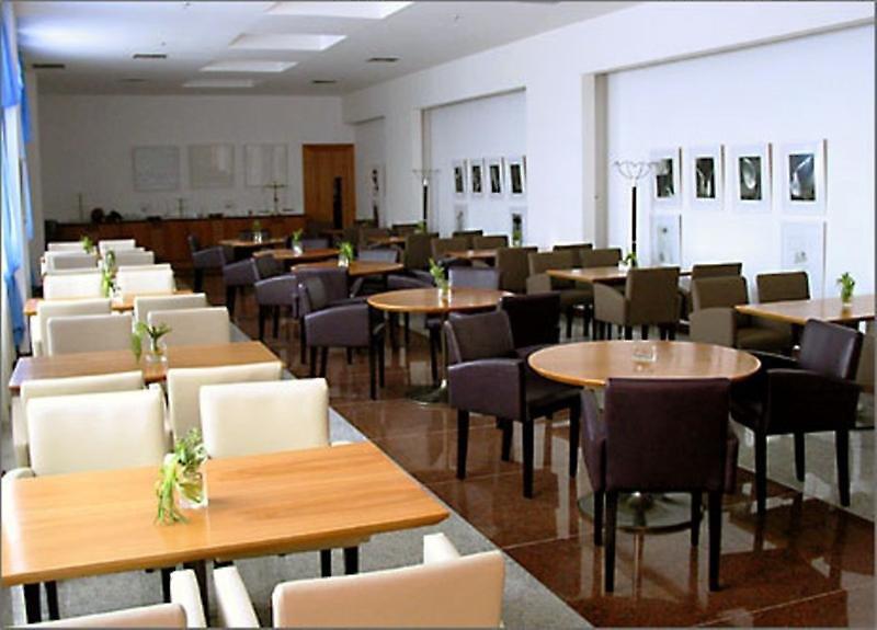 Royalty Barra Restaurant